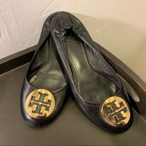 Tory Burch | size 7 black with gold reva flats